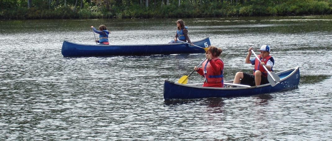 Canot - Activités- Camp de vacances et de plein air quatre saisons - Boute-en-Train