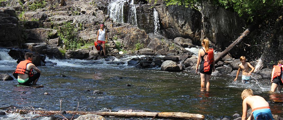 Expédition - Activités - Camp de vacances et de plein air quatre saisons - Boute-en-Train