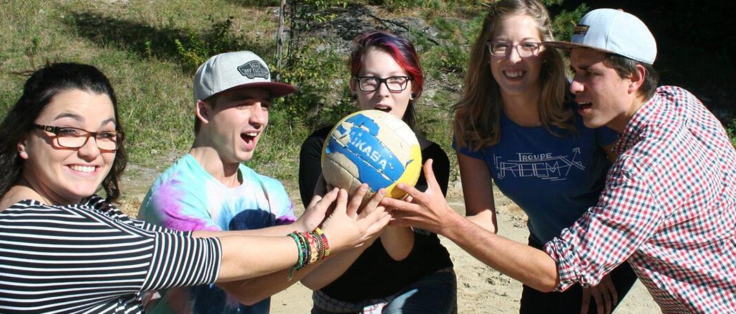 Jeux Coop - Activités- Camp de vacances et de plein air quatre saisons - Boute-en-Train